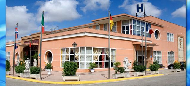 HOTEL-JARDIN-REINA
